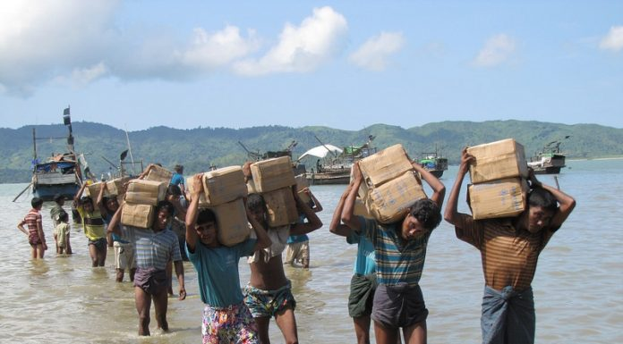 Myanmar/Burma: Little hope for Rohingya IDPs