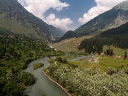 Lidder river at Betab valley - Kashmir - India