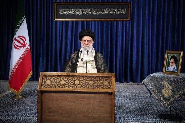 Iran Supreme Leader urges combating corruption based on justice, law