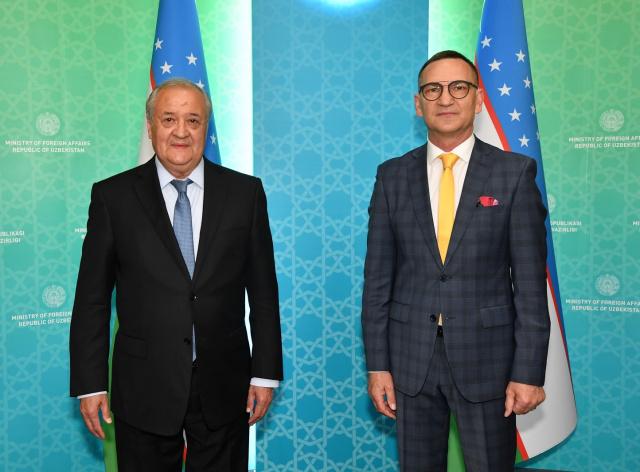 Abdulaziz Kamilov meets with the Ambassador of Ukraine