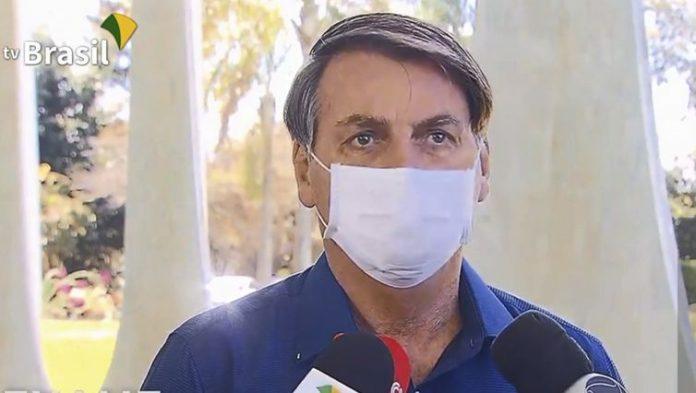 Bolsonaro runs new test, still positive for COVID-19