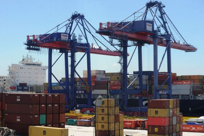 Pandemic impacts Brazil's international trade businesses