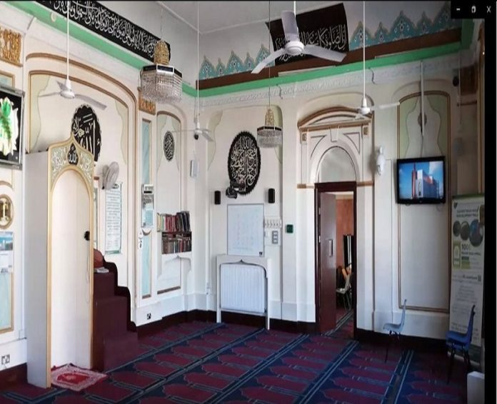 Thousands of Britons took part in virtual mosque tours across UK