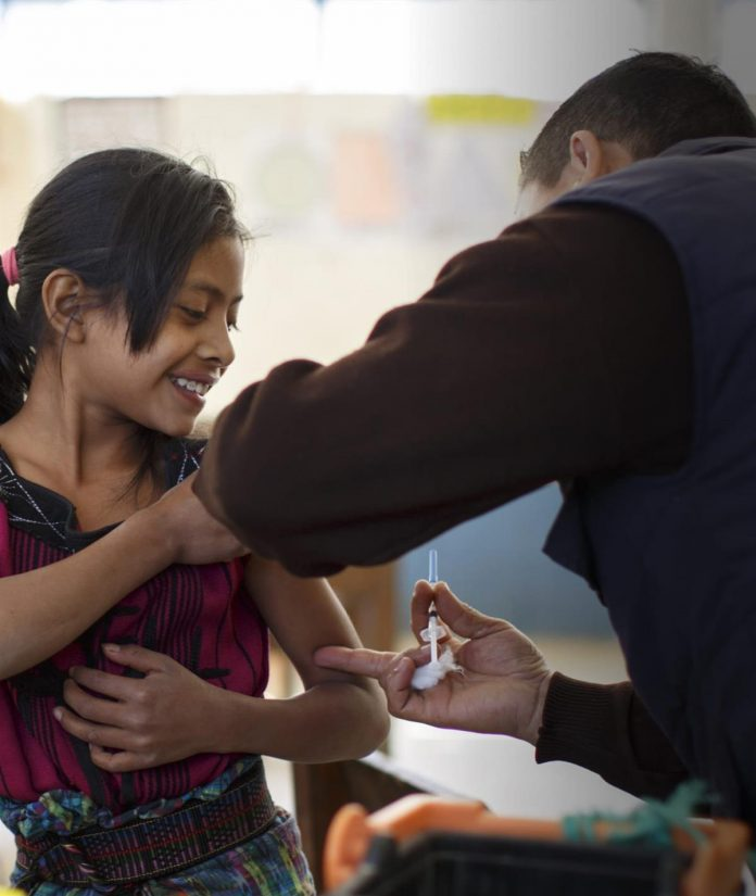 WHO and UNICEF warn of a decline in vaccinations during COVID-19