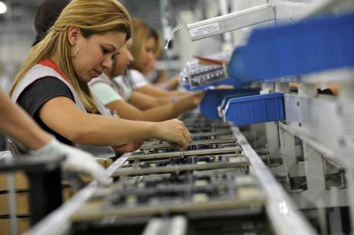 GDP shrinkage in second quarter may reach 10%