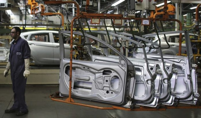 Gov't passes free-trade deal with Paraguay for car sector