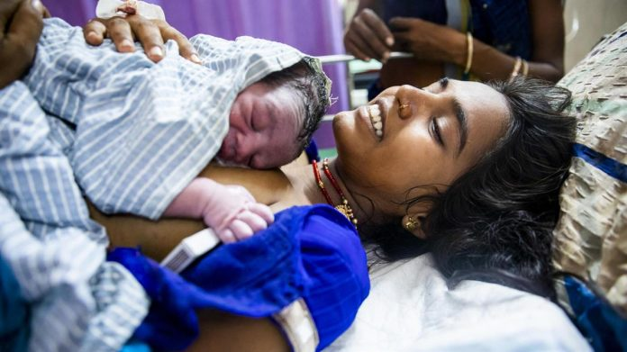 Meeting women's emotional, psychological and clinical needs during childbirth