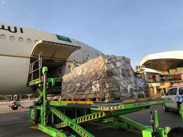 Saudis start medical aid airlift to Lebanon to help victims of Beirut blast