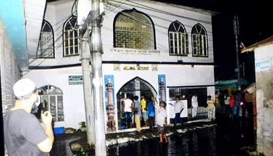 Death toll of mosque blast rise to 20