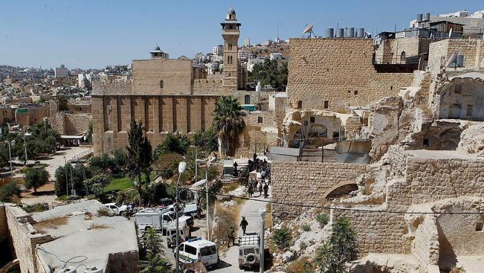 Israel closes Ibrahimi Mosque for Jewish holidays