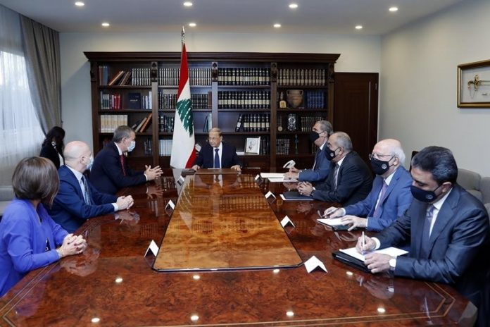 Lebanese president discusses situation of refugees with UNRWA chief