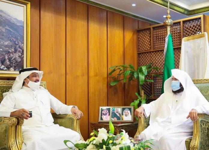 Two Holy Mosques Presidency, Hajj Ministry discuss first phase of performing Umrah