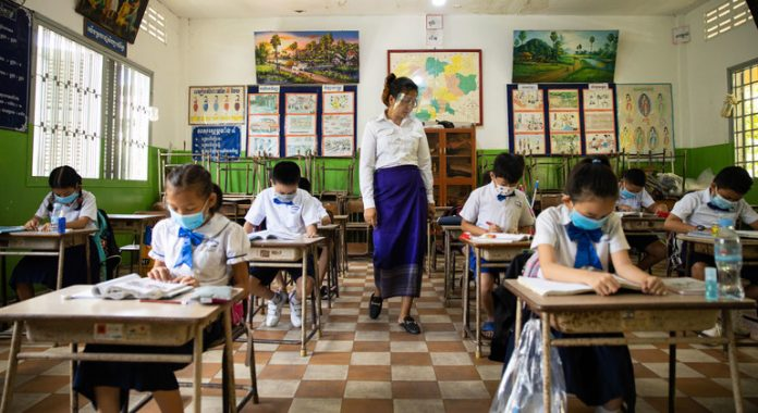 Classroom crisis: Avert a 'generational catastrophe', urges UN chief