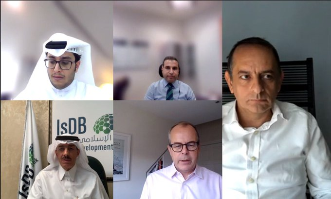 Hajjar discusses expanding IsDB digital platforms with CEO of Refinitiv