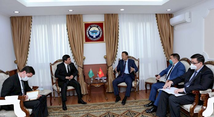 Kyrgyz FM and Turkmenistan ambassador discuss prospects of bilateral cooperation