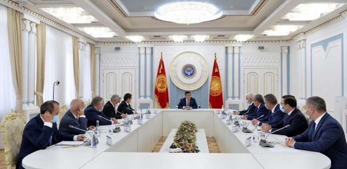 Kyrgyz president meets with heads of international observer missions