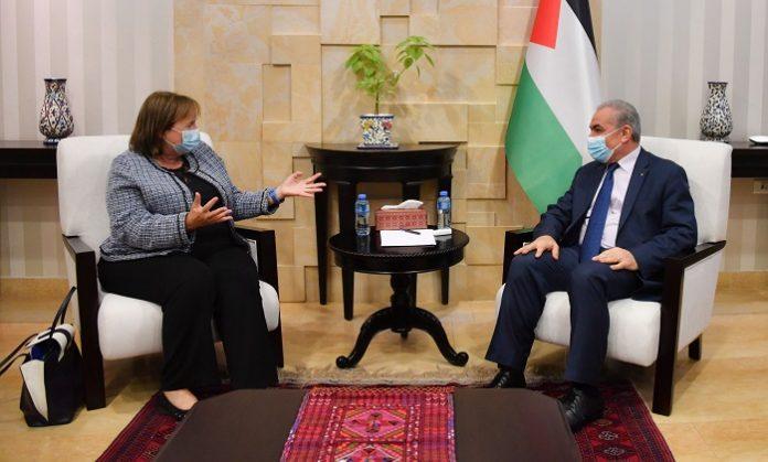Palestinian PM discusses political developments with EU peace envoy