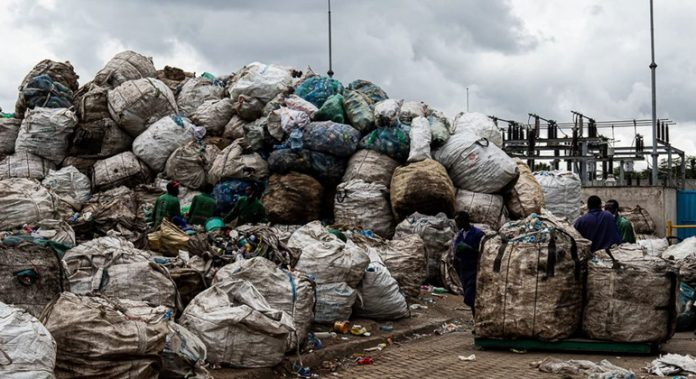 Young Champions of the Earth: turning plastics into paving in Kenya