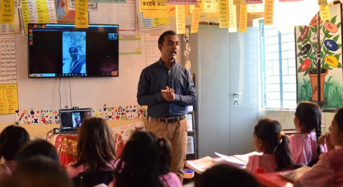 UN NEWS EXCLUSIVE: Exceptional teacher inspires students and fights scourge of child marriage