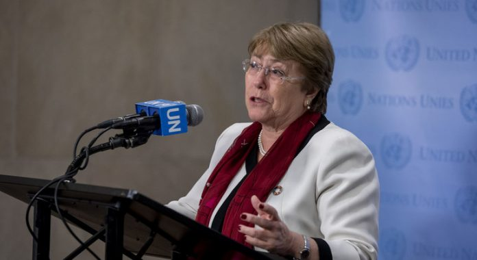 Bangladesh: UN rights chief urges transparent probe into writer's death, review of law under which he was charged