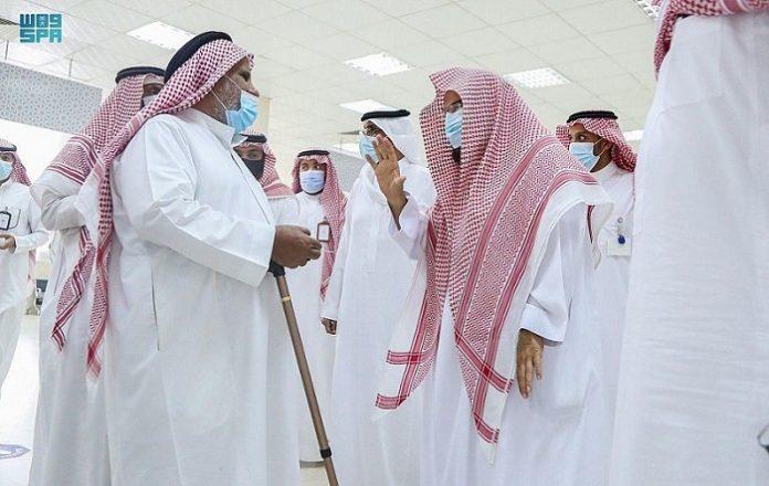 King Abdullah Project in Makkah resumes distribution of Zamzam water bottles