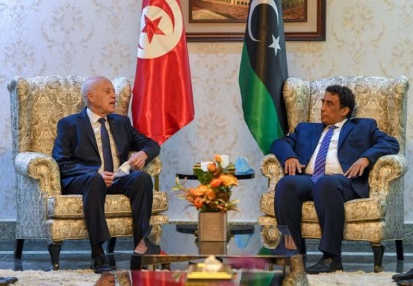 Tunisian president holds talks with head of Libyan Presidency Council in Tripoli