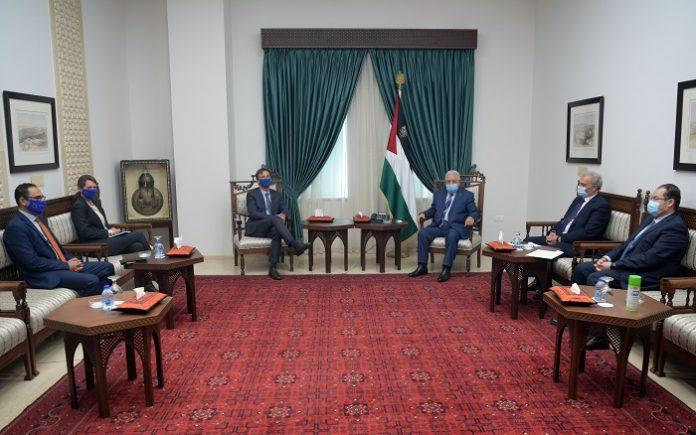 President Abbas discusses Palestinian elections with EU representative