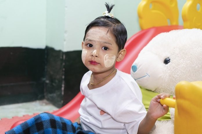 WHO launches new tools to help countries build effective childhood cancer programmes