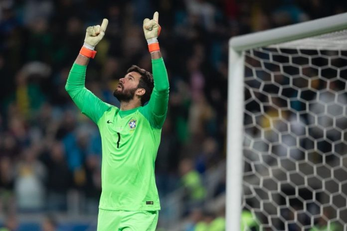 Alisson Becker and WHO Foundation launch campaign to raise resources and support treatment for COVID-19 patients starting in the Americas