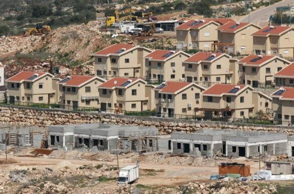 EU says Israeli settlements undermine future negotiations