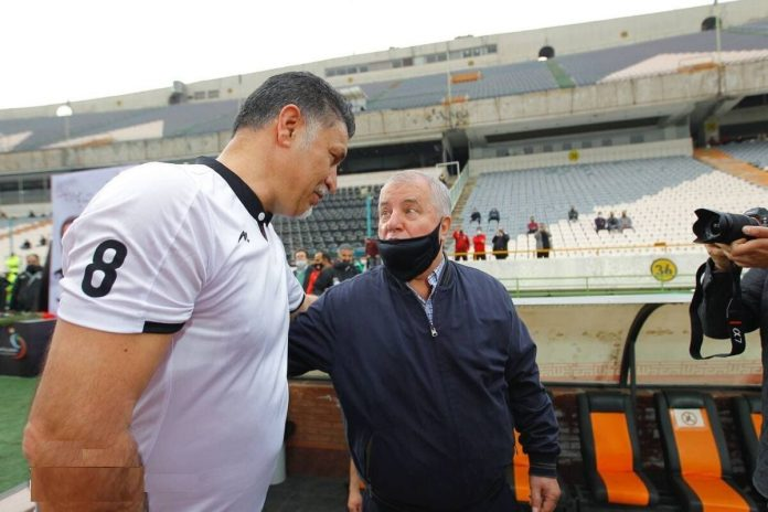 Iran's Daei and Parvin on 20th century Asian team