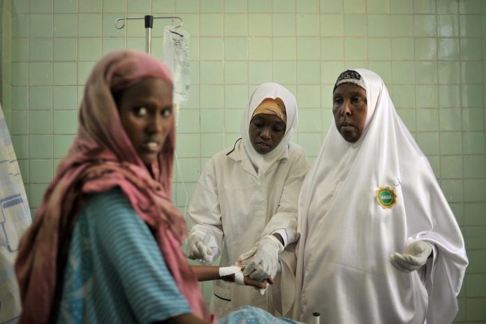 New report sounds the alarm on global shortage of 900 000 midwives