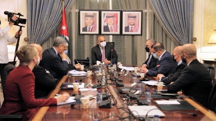 Jordan's PM highlights partnership with World Bank to support gov't efforts