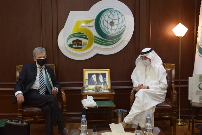 OIC chief, Algeria's envoy discuss issues of mutual interest