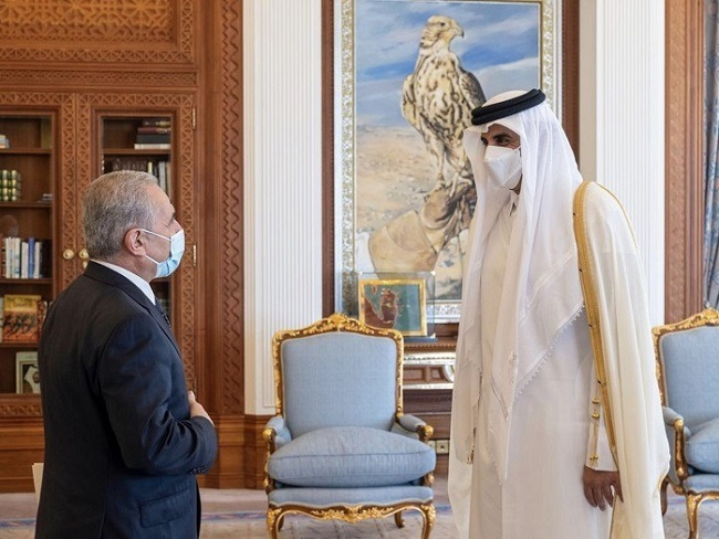 Palestinian PM discusses latest developments in Palestine with Emir of Qatar