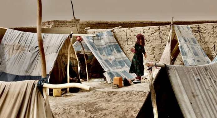 Afghanistan: 270,000 newly displaced this year, warns UNHCR
