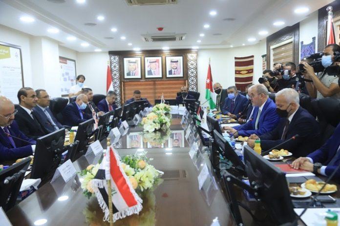 Jordan, Oman discuss mechanisms for developing economic ties
