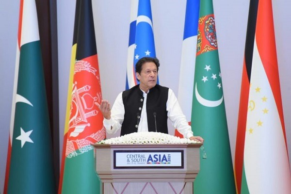 Pakistan's PM says 'peace in Afghanistan is our foremost priority'