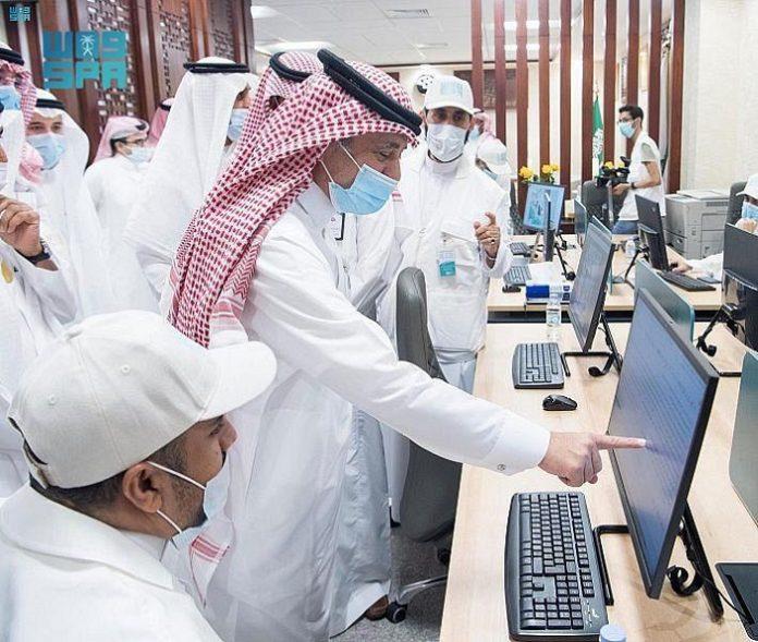 Saudi Media Minister inaugurates SPA Media Center at Umm Al-Qura University
