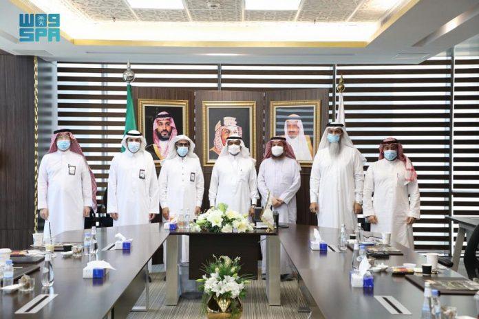 Saudi deputy minister of Hajj inaugurates new domestic pilgrims' coordination website
