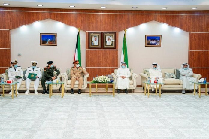 IMCTC Secretary-General visits Kuwait's Ministry of Information headquarters